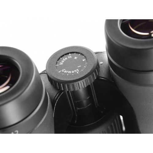 Бинокль Carl Zeiss Victory SF 8x42
